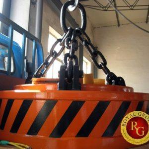 Nam châm điện hút sắt thép phế